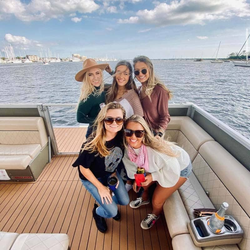 Boat charter on the Charleston Party Cat.