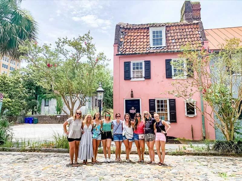 Walking history tour in Charleston, SC.
