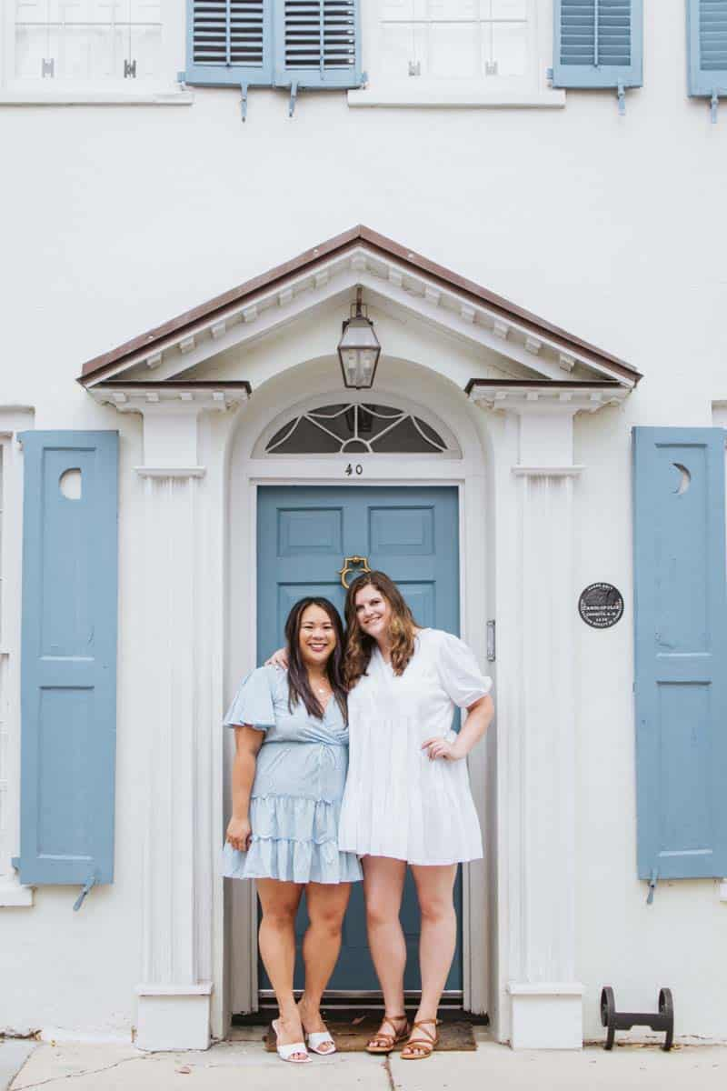 Friends in Charleston — bachelorette photography by Brie Sciales Photography.